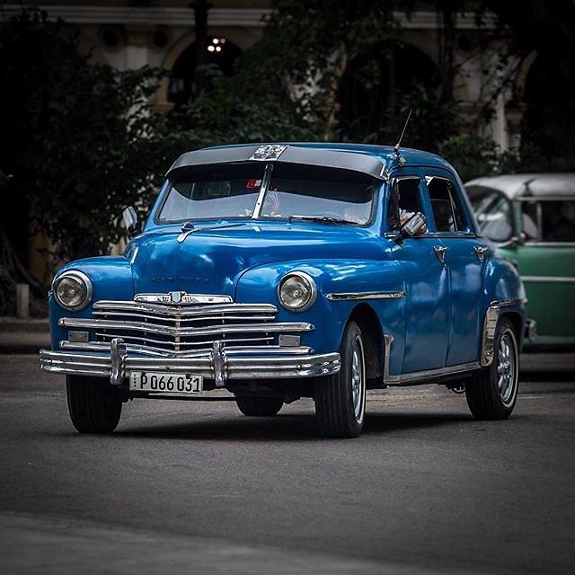 #cuba #havanna #habana #classiccar #oldtimer #streetphotography #cubanlife #plymouth